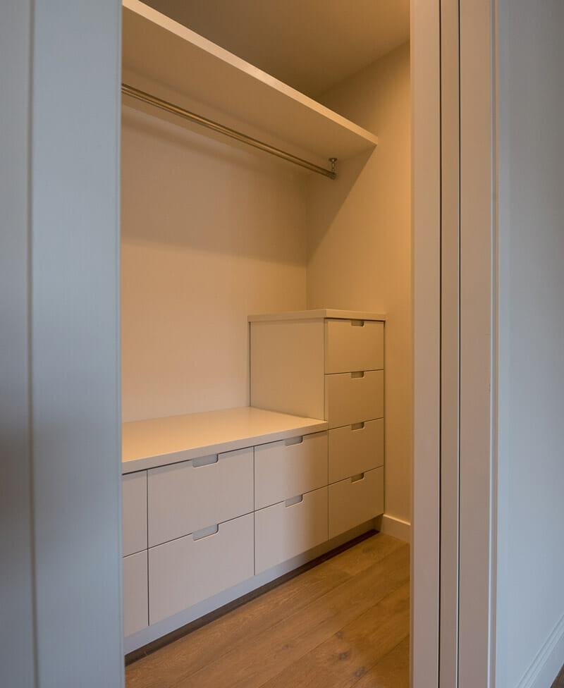 dressing-room-created-by-trident-building-renovation-ltd-(4)